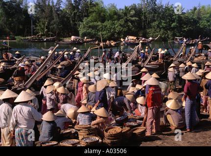 Early morning fish market Hoi An Vietnam - Stock Photo