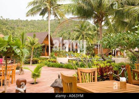 Green papaya luxury resort at hat salad beach ko phangan for Small luxury beach resorts