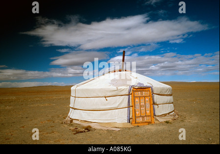 Oct 9, 2006 - Ger at the sand dunes of Khongoryn Els in Mongolia's Gobi desert - Stock Photo