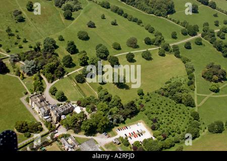 Schräge hochrangige Luftaufnahme von Nonsuch Park Mansion House London SM3 England 2005 - Stockfoto