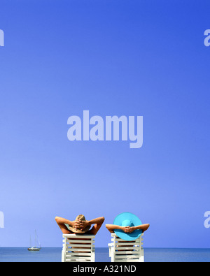 JM - OCHO RIOS: Couple on Beach - Stock Photo