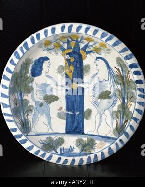 fine arts, religious art, Adam and Eve, ornamental plate, painted, Bristol, circa 1690, National Museum of Ireland, - Stock Photo