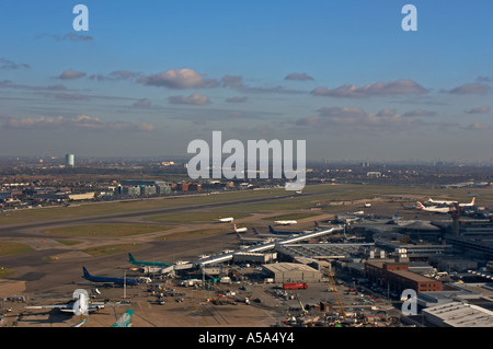 London Heathrow Airport 2006 view of Northern Runway - Stock Photo
