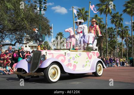Mary Poppins And Bert Characters Disney World Orlando