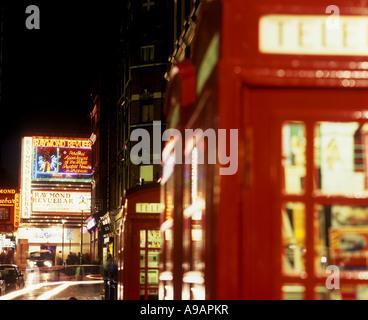 England london soho english telephone box and christmas for Revue decoration