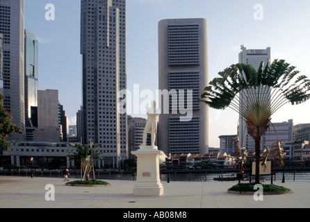 Sir Stamford Raffles Landing Site at Boat Quay in Singapore - Stock Photo