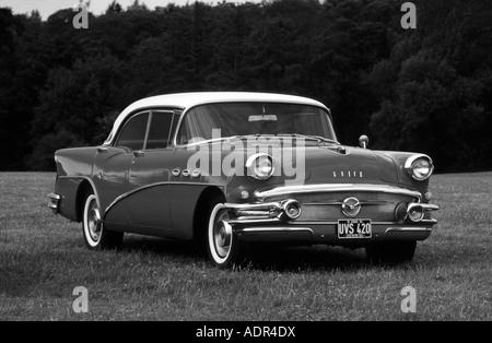 Buick Series 60 Century of 1955 - Stockfoto
