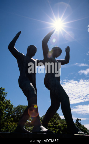PICTURE CREDIT DOUG BLANE Sculpture of a Tai Chi dance in the Gustav Vigeland Frogner Park sculptures Oslo Norway - Stock Photo