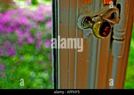 4204 altes fenster in einem bauernhof stock photo royalty free image 7961723 alamy. Black Bedroom Furniture Sets. Home Design Ideas