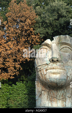 Tindaro screpolato statue in the boboli gardens by igor - Statue giardino ...