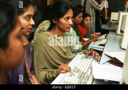 Female students studying Computer Science at Sioti College of Technology in Bangalore India - Stock Photo