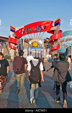 Entrance to the disneyland resort paris theme park for Amusement parks in paris