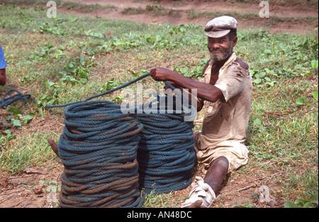 Africa elmina fishermen fishing ghana young men stock for African rope fish