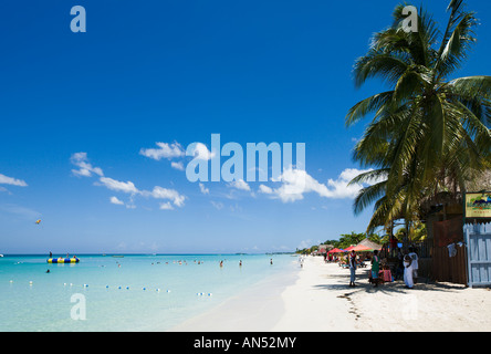 Seven Mile Beach, Long Bay, Negril, Jamaica, Caribbean, West Indies - Stock Photo