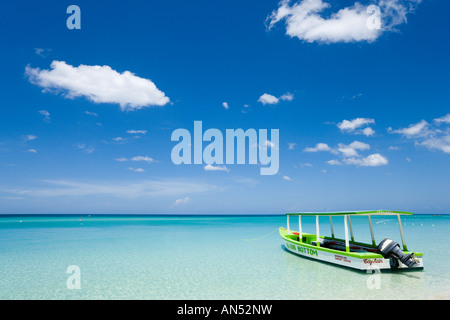 Glass Bottom Boat, 'Seven Mile Beach', 'Long Bay', Negril, Jamaica, Caribbean, West Indies - Stock Photo