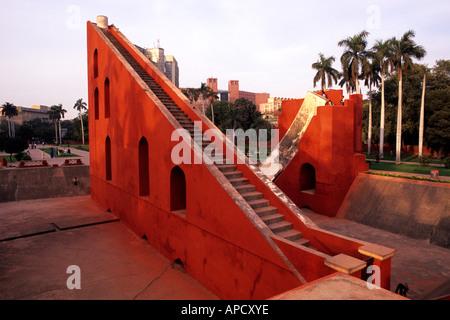 Giant sundial, Samrat Yantra at Jantar Mantar ancient observatory in Delhi, India - Stockfoto