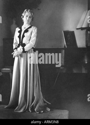 British women in gown evening dress portrait 1940 India Asia - Stock Photo