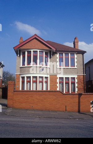 Cardiff Glamorgan South Wales. Ordinary detached suburban house built between the wars - Stock Photo