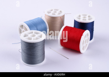 Cotton Crafts cotton reels Nähgarn Garn Stopfgarn - Stock Photo