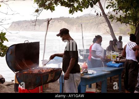 Jerk Chicken vendor in Boston Bay Jamaica - Stock Photo