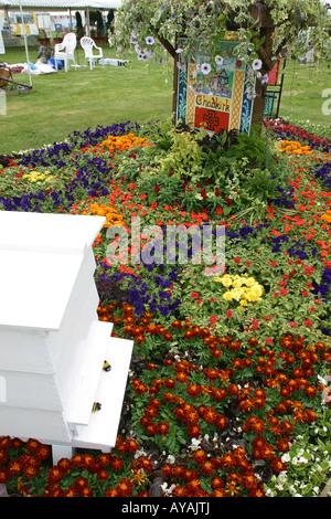 Tatton flower show traditional council planting colourful for Garden design knutsford