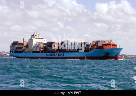 Maersk Line container ship Nysted Maersk departing Auckland New Zealand - Stock Photo