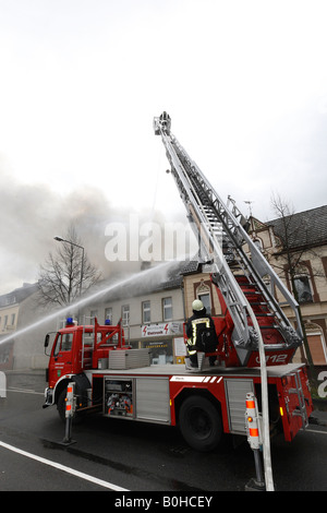 Firefighters fighting fire stock photo 17494534 alamy - Mobel bergisch gladbach ...