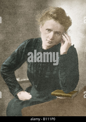 Marie Curie 1867 - 1934 Polish French physicist in her laboratory. With her husband Pierre she isolated the radioactive - Stock Photo