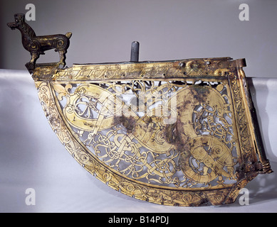 fine arts, middle ages, Vikings, weather vane of a Viking ship, bronze, gilt, 11th century AD, Soderala, Sweden, - Stock Photo