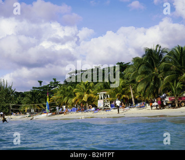 geography / travel, Jamaica, Negril, western Jamaica, tourist beach under palm trees, - Stock Photo