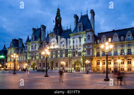 France, Paris, town hall Hotel de Ville at night - Stock Photo