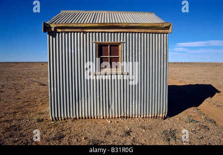 Corrugated iron tin hut - Stockfoto