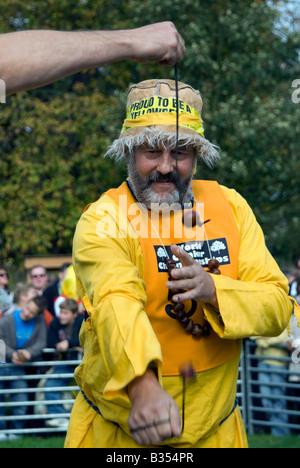 PICTURE CREDIT DOUG BLANE 42nd World Conker Championships at Ashton Northamptonshire on Sunday 8th October 2006 - Stock Photo