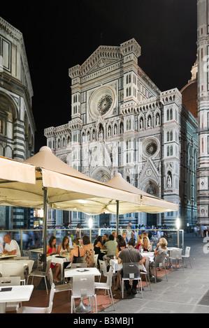 Restaurant in Piazza San Giovanni in front of the Basilica di Santa Maria del Fiore (the Duomo), Florence, Tuscany, - Stock Photo