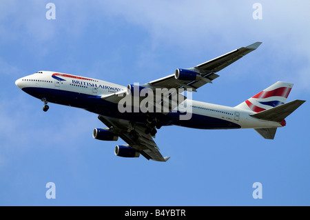 British Airways Boeing 747 436 G BNLL on approach to Heathrow 22 06 2008 Credit Garry Bowden - Stock Photo