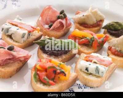 Plated Selection of Crostini - Stockfoto