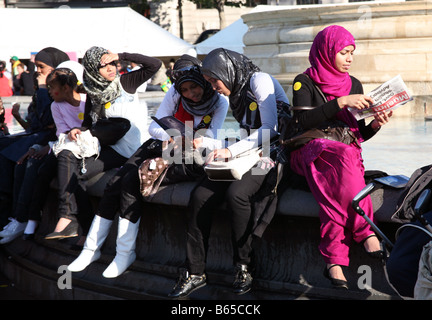 Eid Muslim festival in Trafalgar Square, London - Stockfoto