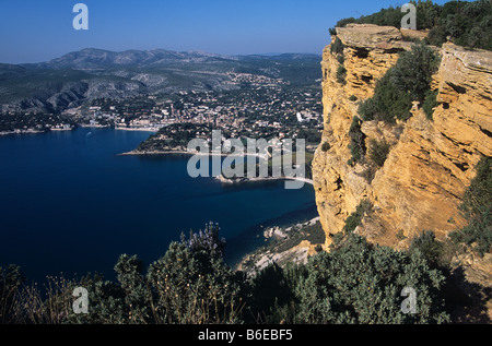 The Bay of Cassis and Cassis town from the clifftops of Cap (or Cape) Canaille, Provence, France - Stock Photo