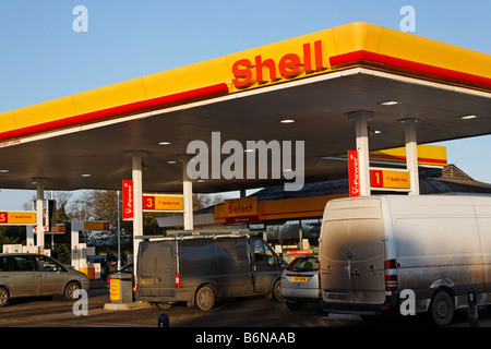 Shell fuel petrol station garage in bournemouth dorset uk - Nearest garage to my current location ...