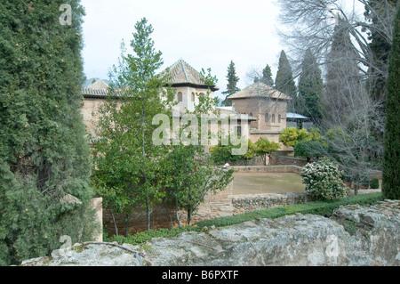 Palacio del partal partal palace jardines del partal for Jardines nazaries