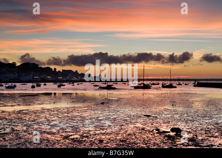 Sunset over Cowes, Isle of Wight - Stockfoto
