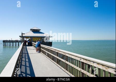 Estero Boulevard B Fort Myers Beach Fl  Usa