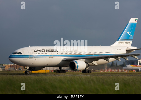 Kuwait Airways Airbus A300B4-605R taxiing for departure at London Heathrow airport. - Stock Photo