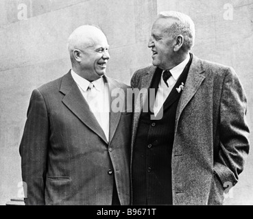 First Secretary of the CPSU Central Committee Nikita Khrushchev 1894 1971 left and American farmer Roswell Garst - Stock Photo