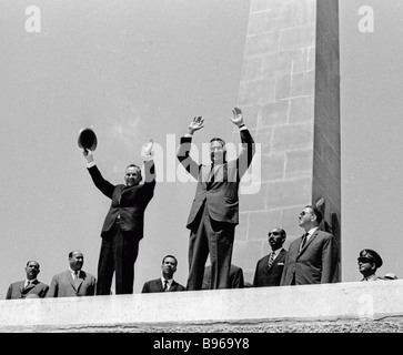 Alexei Kosygin Chairman of the U S S R Council of Ministers Government left and Egyptian President Gamal Abdel Nasser - Stock Photo