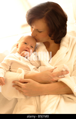Mother with baby girl - Stockfoto