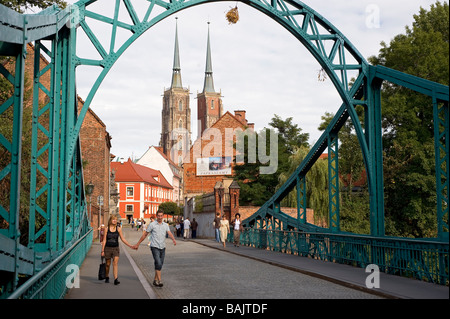 Poland, a region of Silesia, Wroclaw, Ostrow Tumski is the historical heart of the city of origin, the Cathedral - Stock Photo