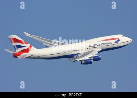 British Airways Boeing 747 departing London Heathrow - Stock Photo