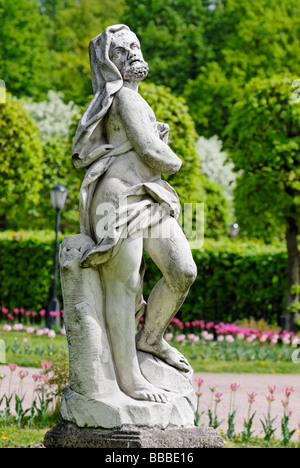 Classical marble statue in the estate Kuskovo park Moscow Russia - Stockfoto