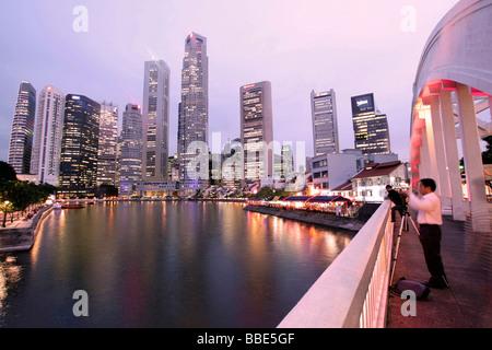 Elgin Bridge, skyline, Singapore, Asia - Stock Photo